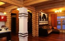 Интерьер в деревянном доме.