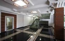 Холл бизнес-центра «Удмуртия».