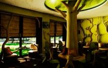 Чайная комната в кафе.